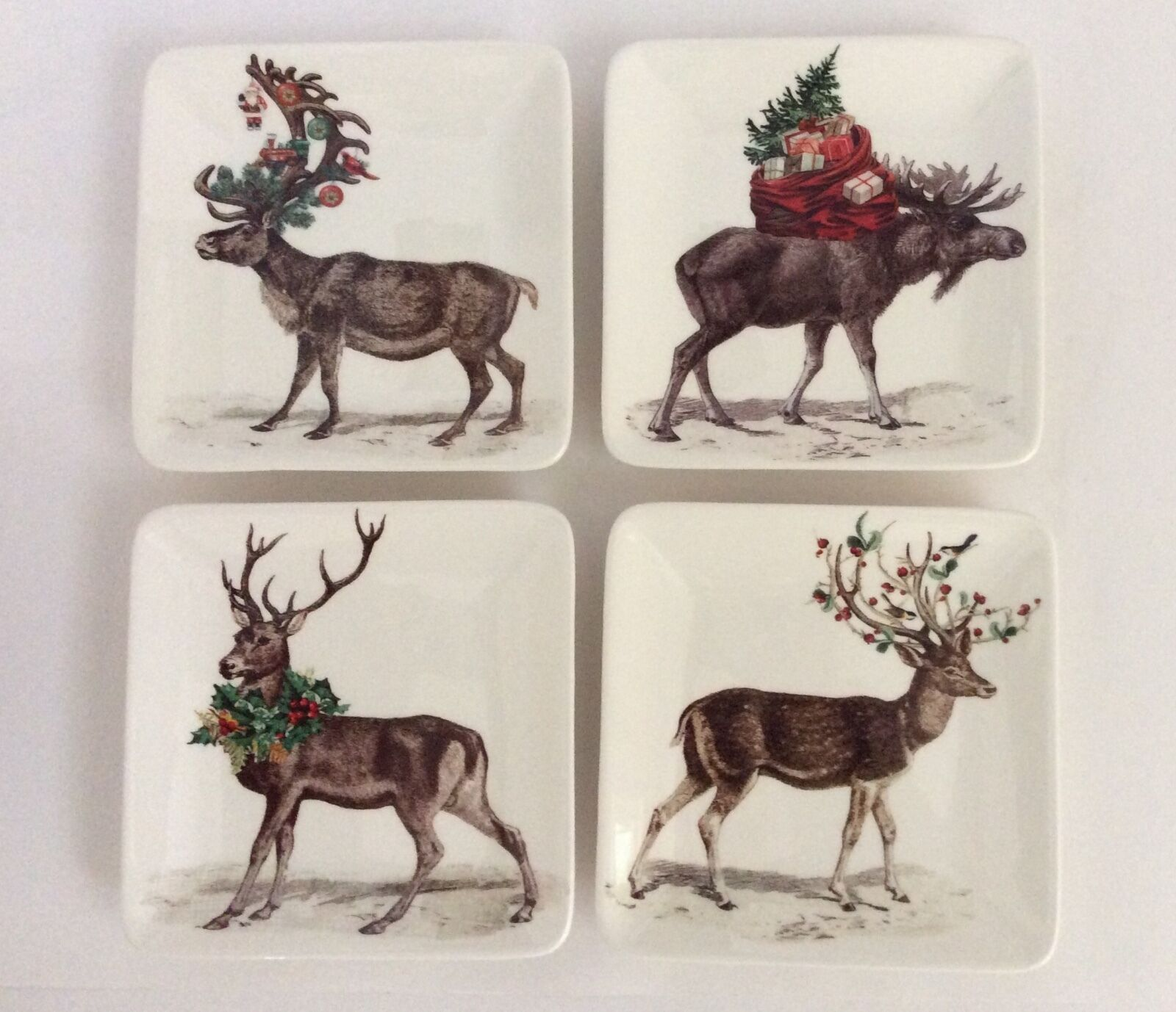 Pottery Barn Stag Deer Appetizer Plates    Set of 4  Stag w Gifts New with Tags 6ac83f