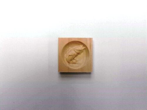 "3 1//2/"" x 3 1//2/"" x 7//8/"" Set of 2 Engraved Walleye Corner Trim Blocks Rosettes"