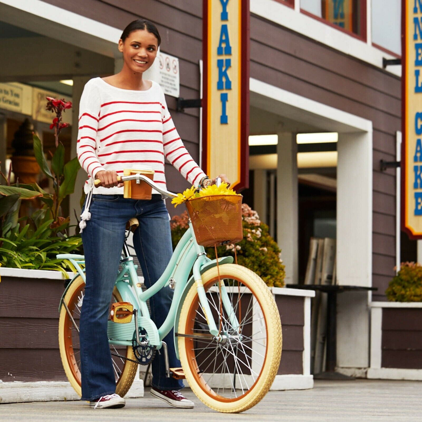 """HUFFY 24"""" NEL LUSSO CRUISER BIKE MINT GREEN WITH BASKET BRAND NEW IN BOX"""