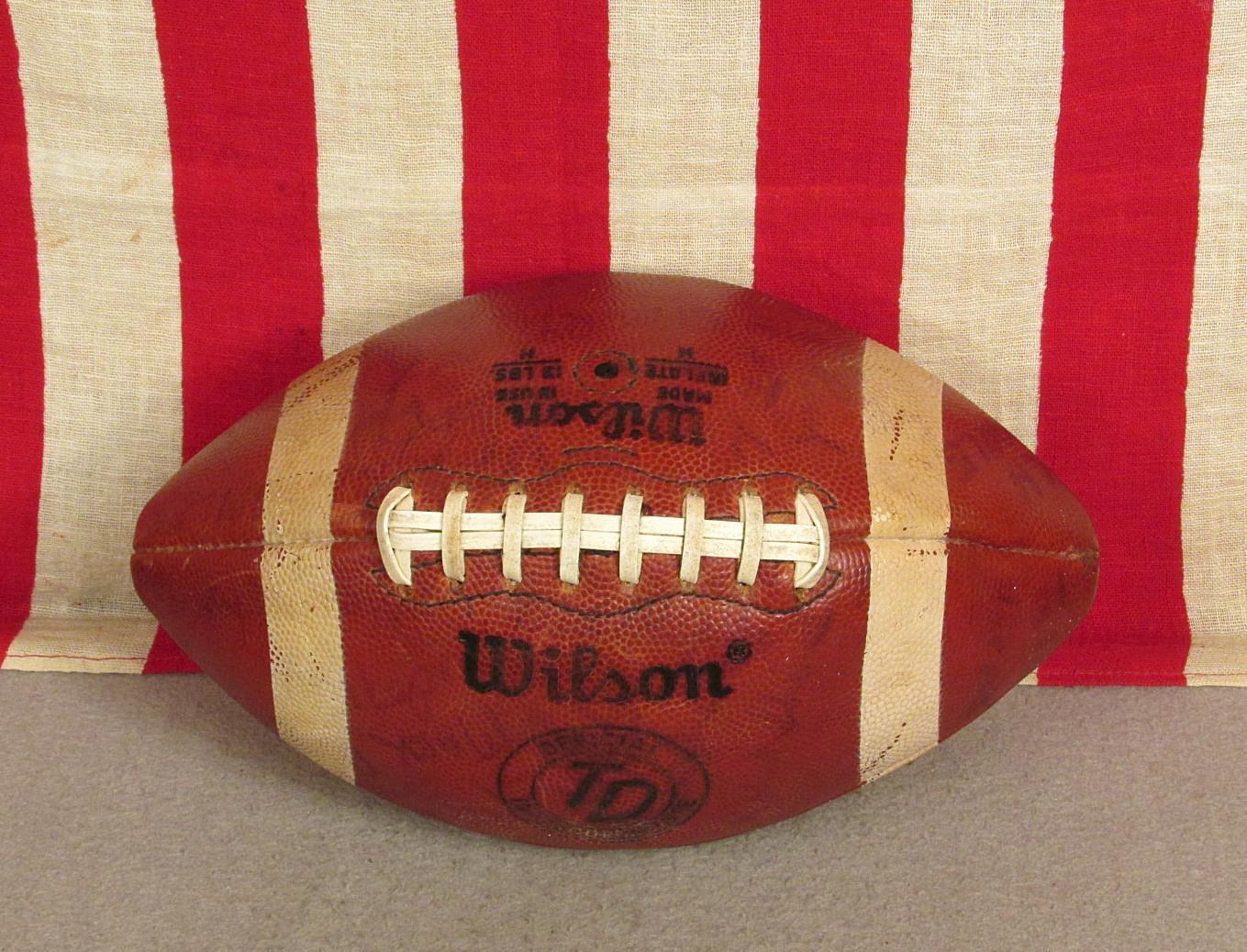 Vintage Wilson Td pelle Calcio Lacci Intercollegiate da Palla da Intercollegiate Gioco Firmato 1331ef
