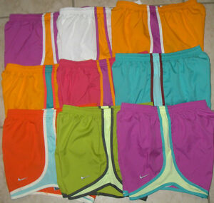 NWT-WOMEN-NIKE-716453-TEMPO-TRACK-DRI-FIT-RUNNING-SOLID-SHORTS-SELECT-SIZE-32