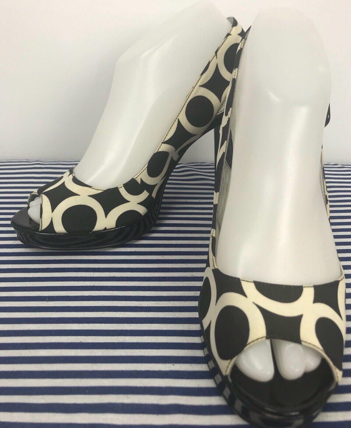 Marc Fisher Black Cream Heel Circles Geometric Paten Block Heel Cream Sandals 8M 1ad567