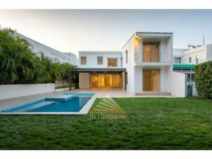 Venta Casa en Terreno de 700 m² -Campo de Golf -Playacar Fase II