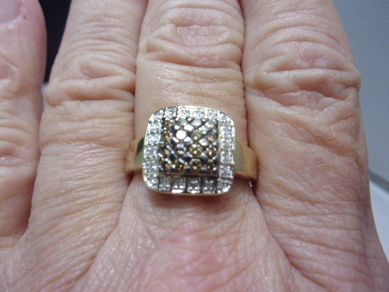 Chocolate & White Diamond Halo Ring 14K Yellow gold Size 9