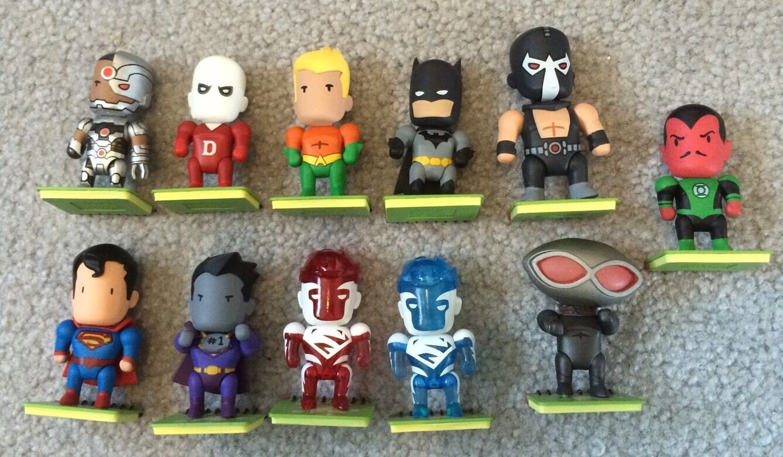 DC Universe Scribblenauts Unmasked LOT 11 Figures SUPERMAN BATMAN AQUAMAN CYBORG