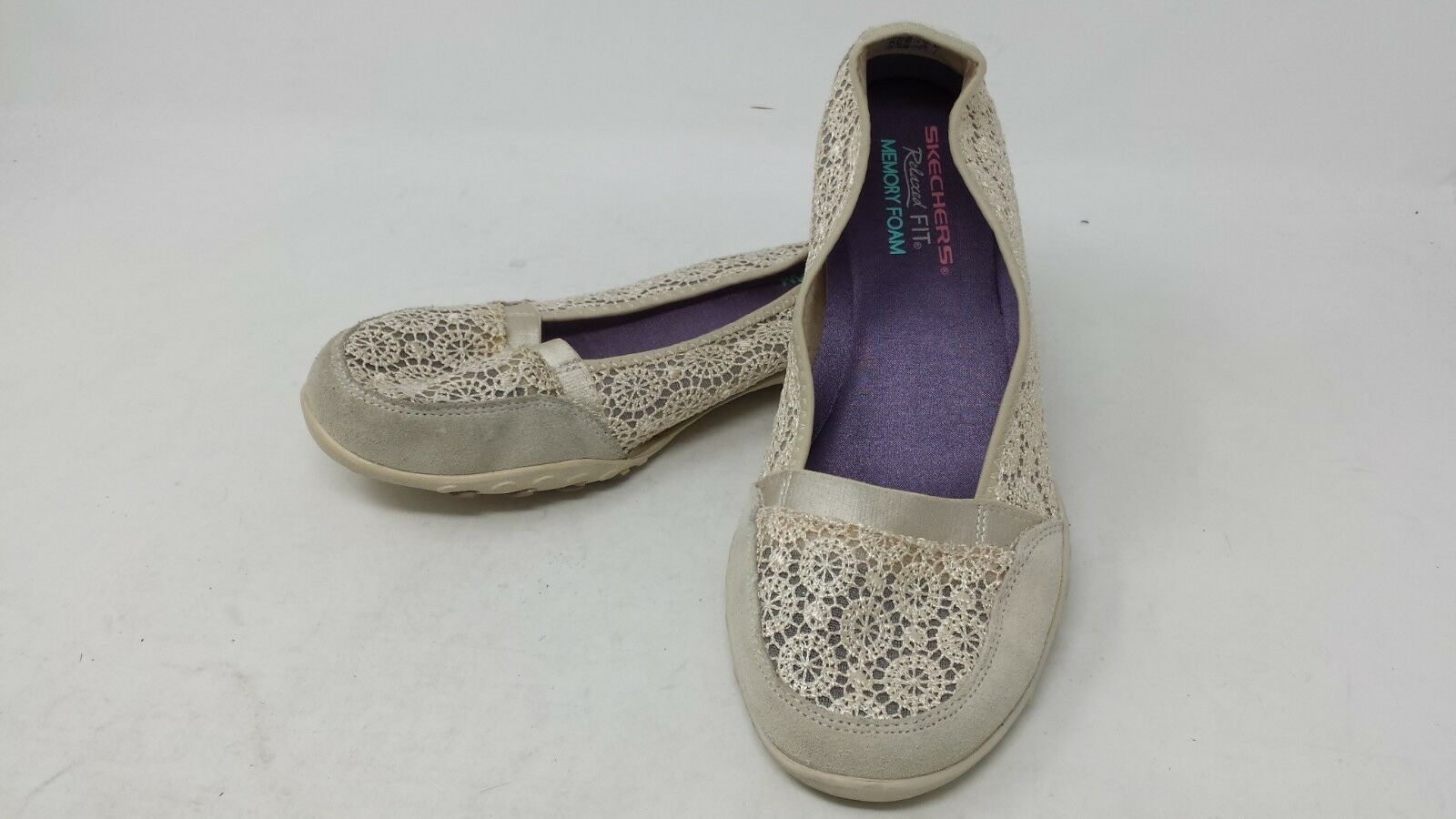 NEW  Skechers 22482 Womens Relaxed Fit Breathe Easy Pretty Factor Nat 129J pm