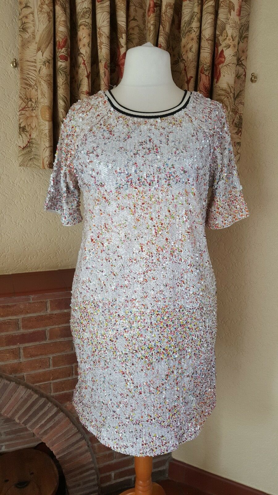 WHITE MULTICOLOURED SEQUIN SUMMER DRESS FROM NEXT SIZE 18 - NEW WITH TAGS