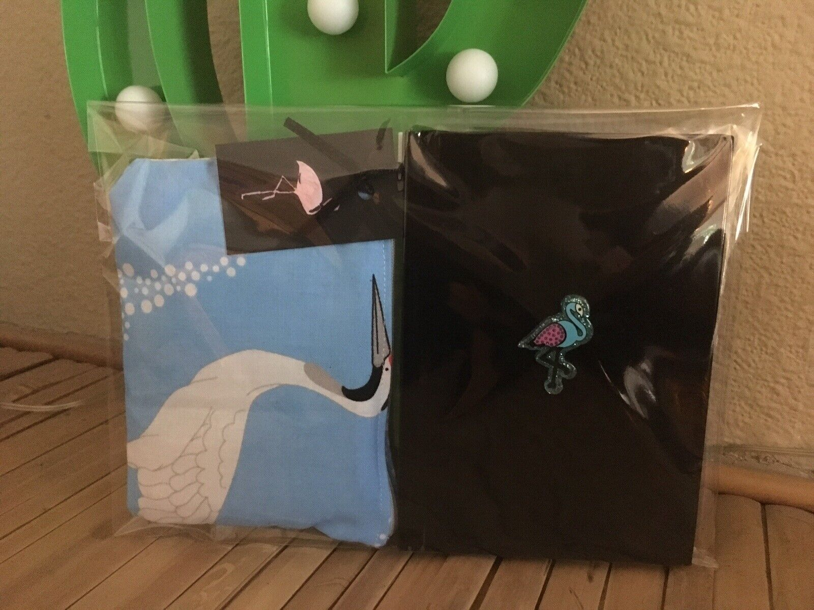 Blue Oriental Crane Bird Purse +Black A6 Hardback Flamingo Notebook 2Pc Gift Set