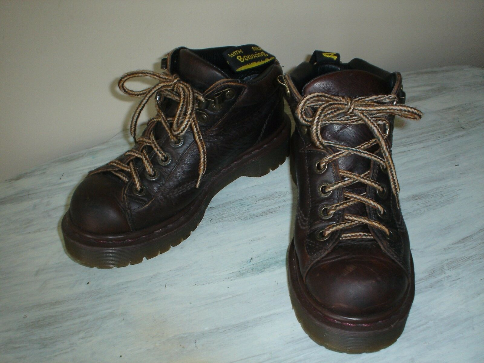 Dr. Martens Air Wair Youth BROWN LEATHER SAXON 8287 BOOTS AW004 AW004 BOOTS SIZE Youth 5 EUC 54ffdb