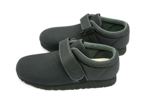 Pedors Womens Classic Black Neoprene Walking Shoes 16 E US Women/14 3E US Mens
