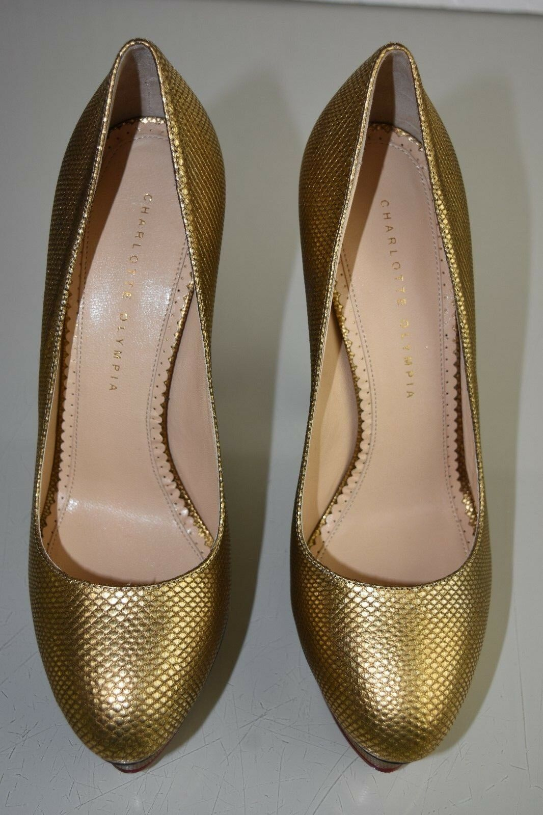 Neuf Charlotte Olympia Karung Dolly Exotique Karung Olympia Plateformes or Chaussures Plates 41 a11815