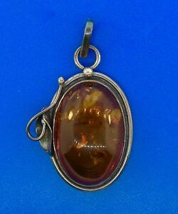 Amber-Oxidized-Sterling-Silver-Oval-Pendant