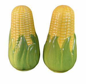 Vtg-Shawnee-Pottery-Marked-King-Corn-Cob-on-Cob-Salt-amp-Pepper-Shaker-Set-5-5