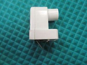 Cutler-Hammer 28-6019-4 Incandescent Bulb 110//140V  NWB