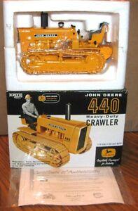 John-Deere-440-HD-Crawler-Tractor-1-16-Ertl-2005-Toy-Truckn-Construction-Show