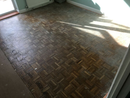 Beautiful Reclaimed Parquet Solid Wood Flooring