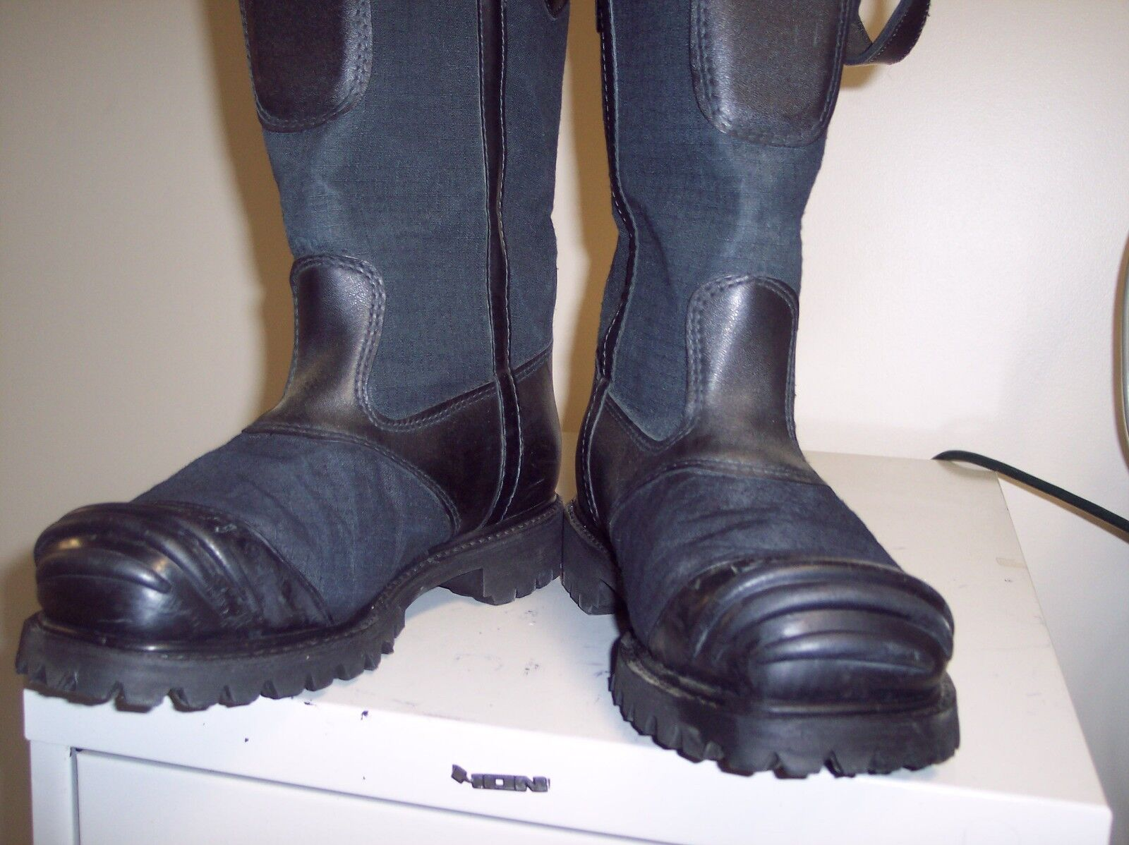 FIREFIGHTING BOOTS  8.5E GREAT SHAPE GOING FAST  STYLE 5000 FREE SHIPPING