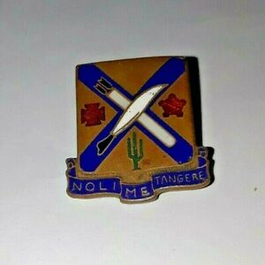 Authentic-WWII-US-Army-2nd-Infantry-Regiment-Unit-DI-DUI-Crest-Insignia-A9