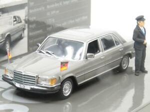 Minichamps-436-039200-Mercedes-Benz-350-Sel-Helmut-Schmidt-1974-1-escala-43-En-Caja