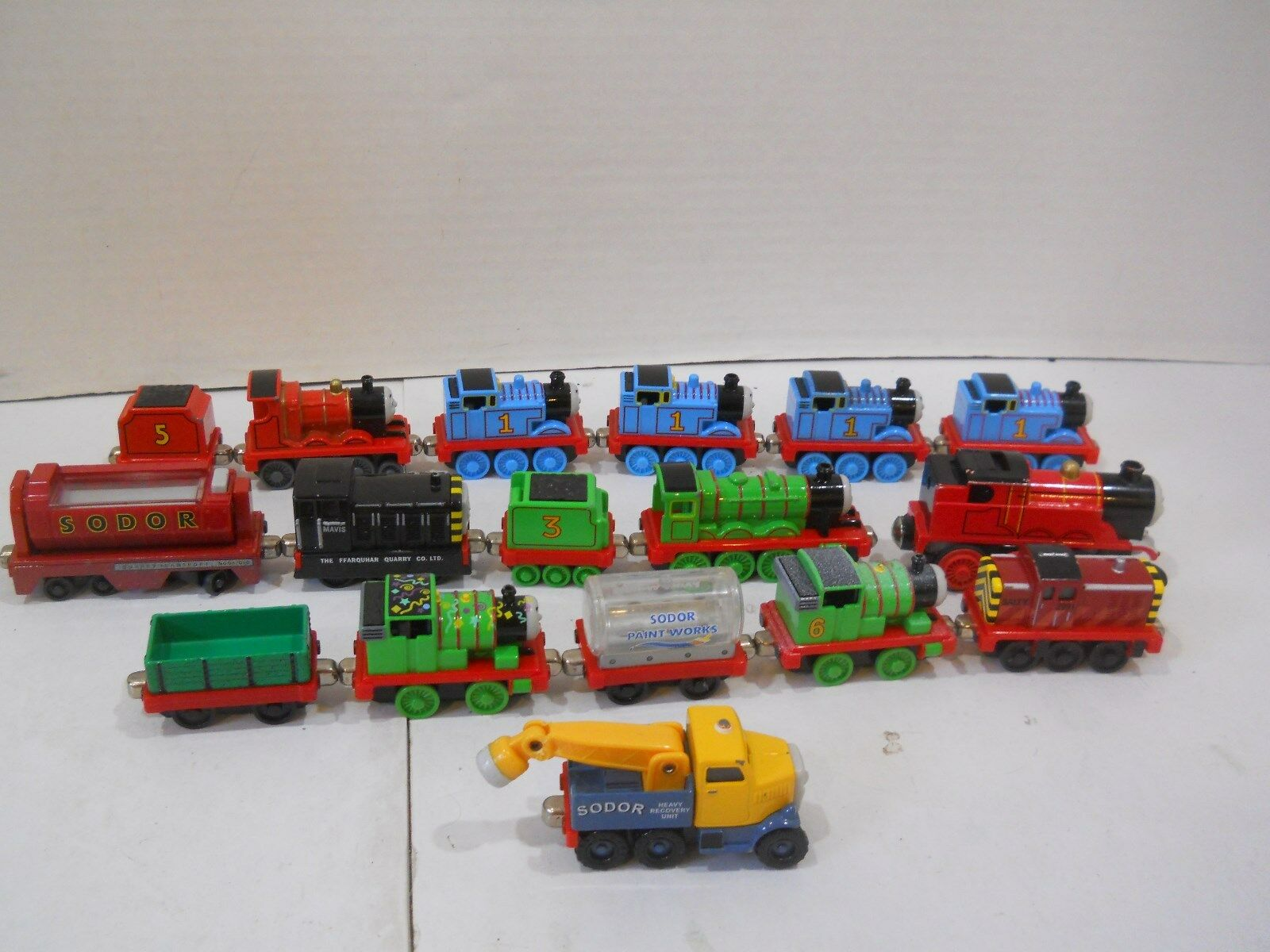 Thomas The Train Metal Die Cast Lot 17 pieces Tank Engine