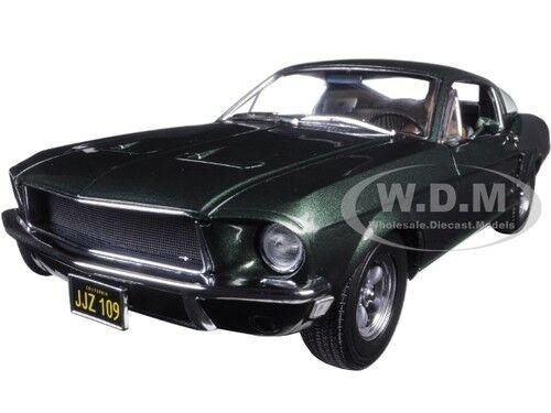 1968 FORD MUSTANG GT BULLITT STEVE MCQUEEN DRIVING FIGURE 1 18 verdeLIGHT 12938
