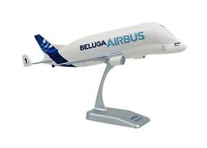 LIMOX-1-200-AIRBUS-A300-600ST-BELUGA-Transporter-Flugzeugmodell-OVP-NEU