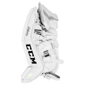 New CCM Extreme Flex II 760 Ice Hockey Goalie leg pads Youth 20