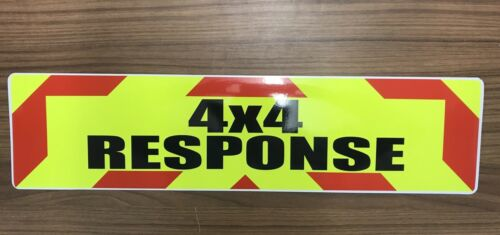 Magnetic sign 4x4 RESPONSE Red chevron design Background /& Black 450x150