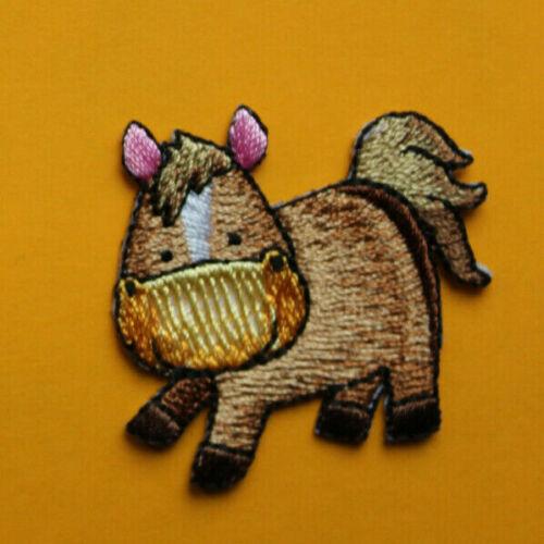 Patch embroidered Toppa ricamo da cucire sew on adesiva soggetti vari
