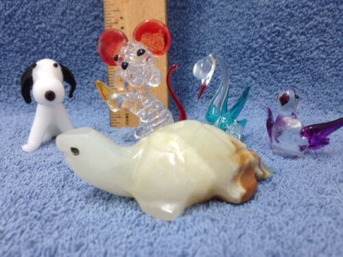 MINIATURE SET OF 4 GLASS FIGURINE & 1 ONYX TURTLE