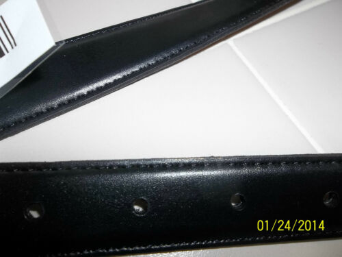white stag Large Ladies Silver Belt Reversible Black solid Burgundy design 2 in1