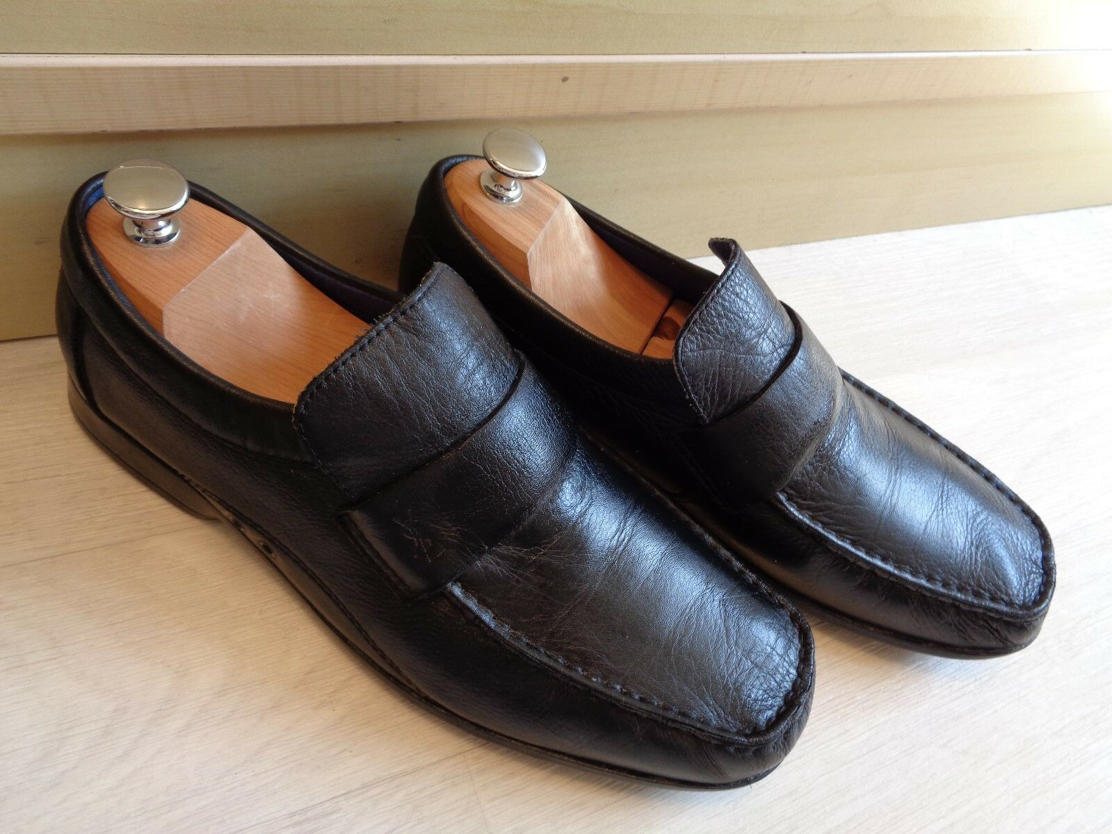 Yves Saint Laurent loafer UK 7 41 pour homme black leather sq toe strap moccasin