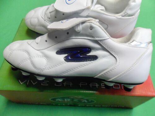 Arza lether Soccer cleatse couleur bleu et blanc