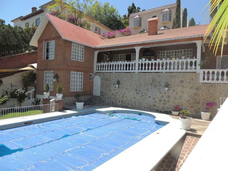 Venta de casa sola, Col. La Pradera, Cuernavaca...Clave 2740