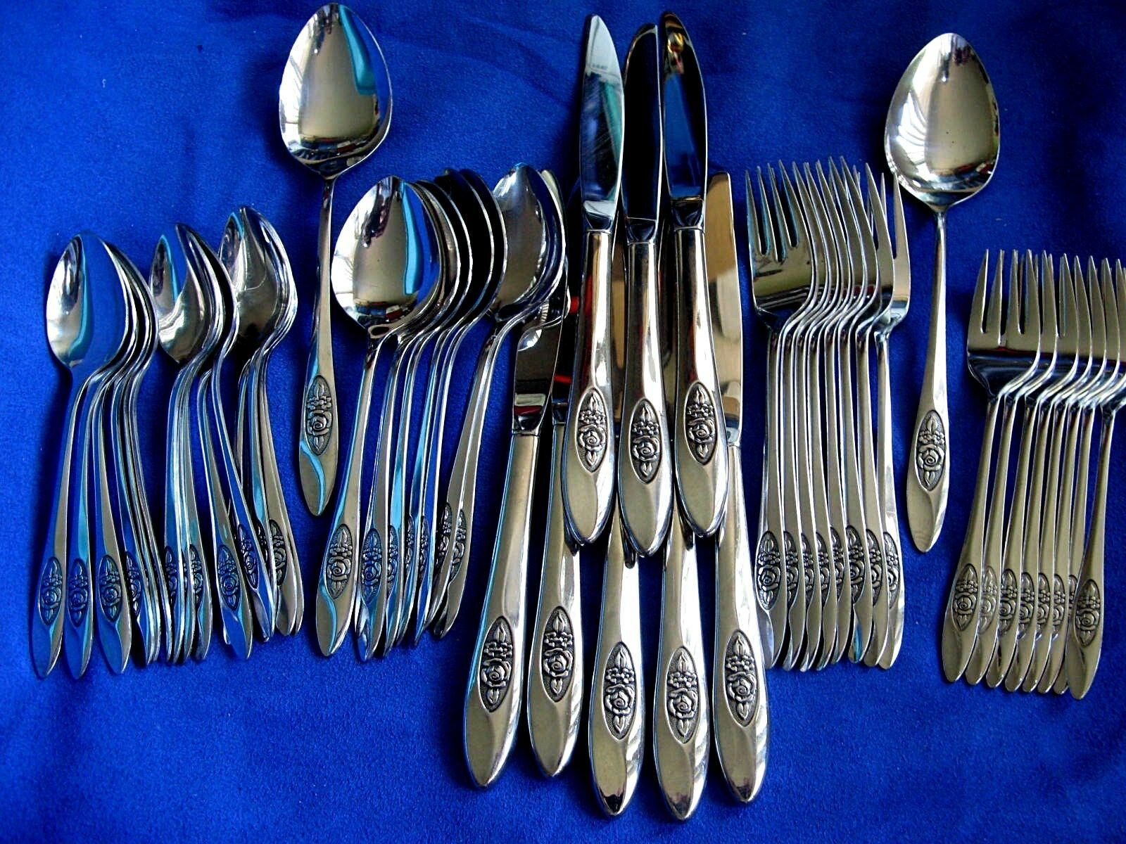 Oneida ' Spring Valley ' 48 Piece Service for 8+ Stainless Flatware Set Flower