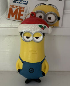Despucable-Me-Minion-Christmas-Ornament-Universal-Studios-Illumination-Ent