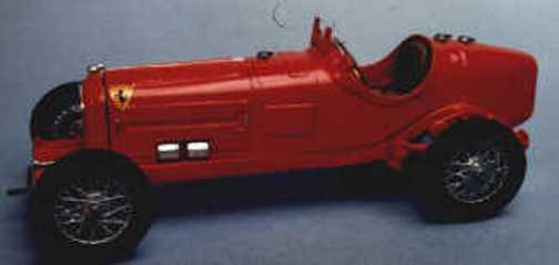 Alfa Romeo P3 1932 racing car kit - white metal model to assemble and paint