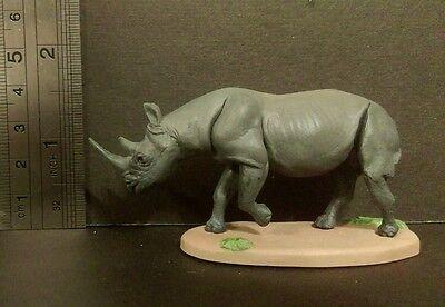 RARE Kaiyodo Red Data African Rhinoceros Rhino Figure