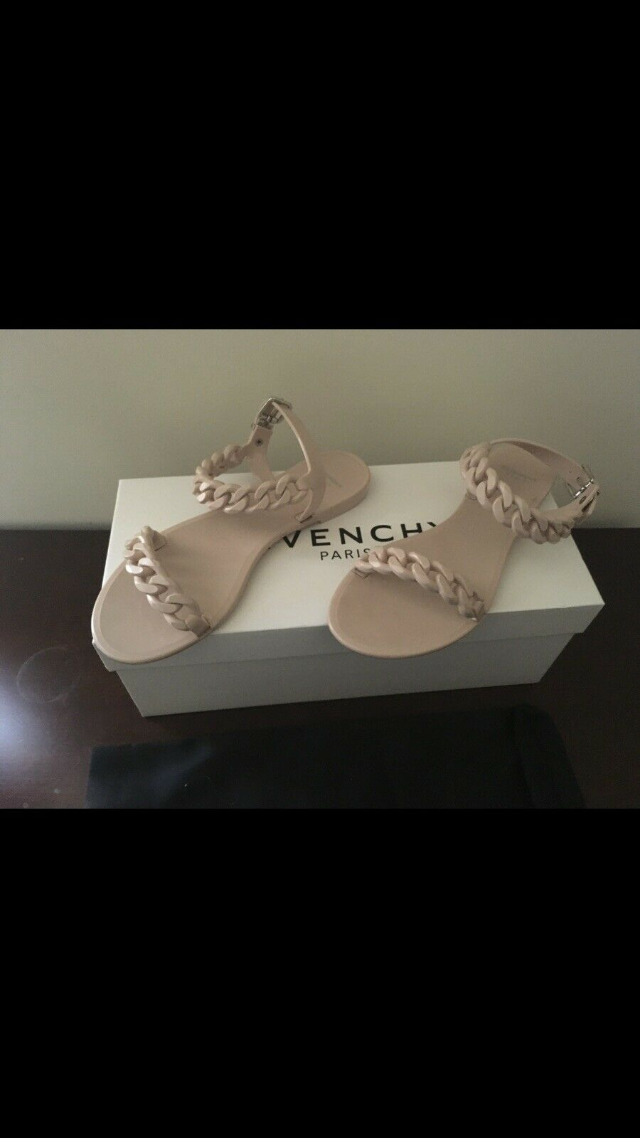 Givenchy Jelly Rubber Chain Sandals 40. Nude