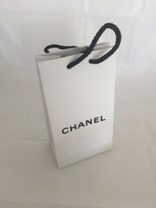 be004404621f CHANEL Gift Bag New WHITE PAPER GIFT BAG AUTHENTIC WHITE with BLACK ...