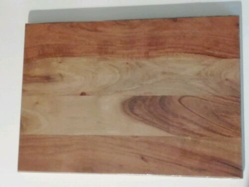 Natural Acacia Wood Chopping Board 34x24x1 5cm