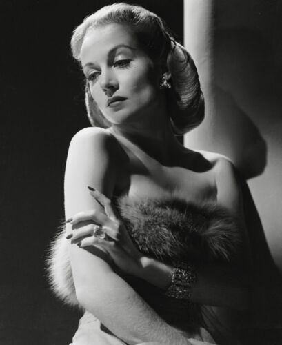 GLOSSY PHOTO PICTURE 8x10 Carole Lombard Looking Over Shoulder
