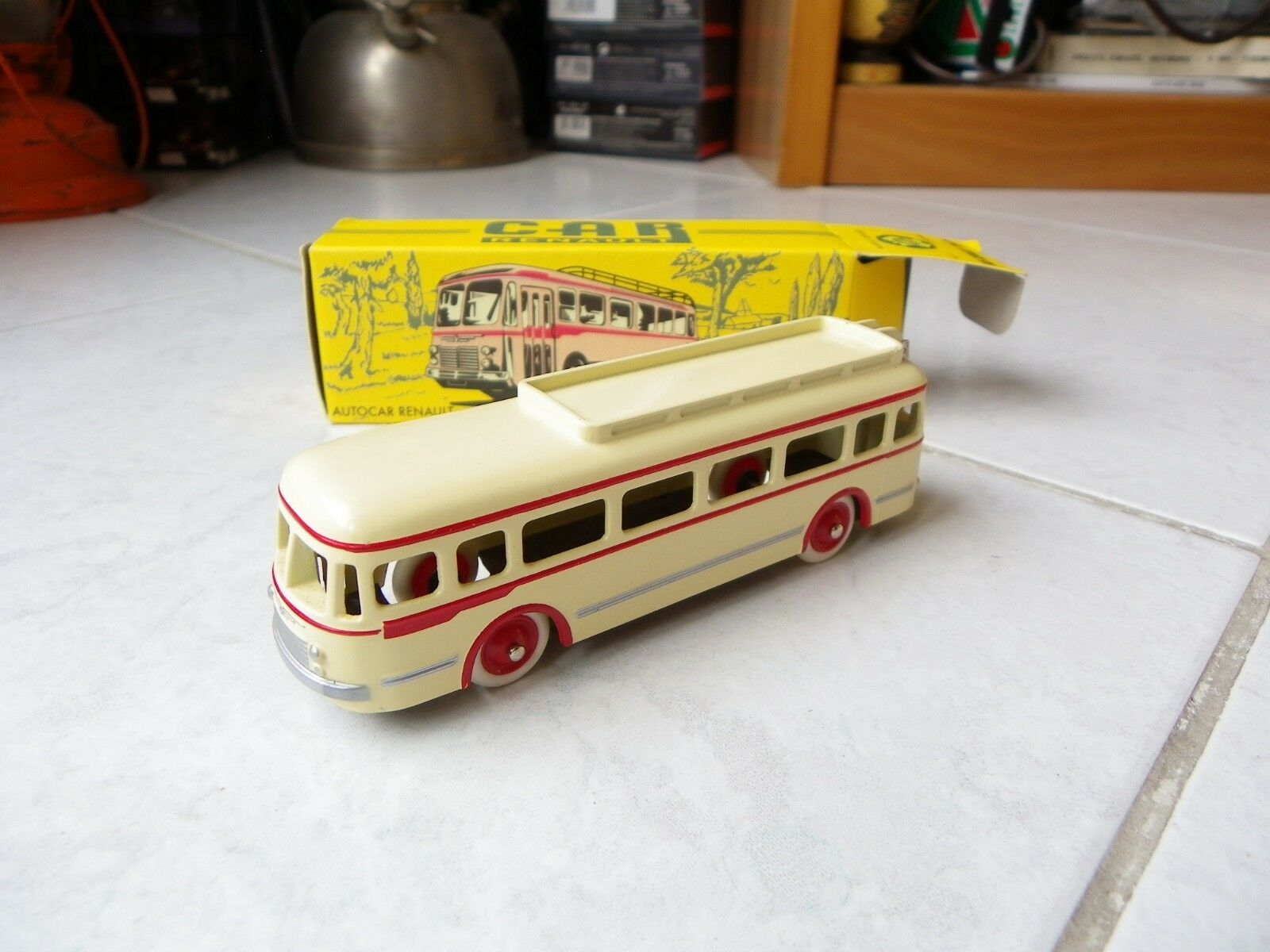 Bus Bus Renault 120 CV Norev CIJ 1 43 with box