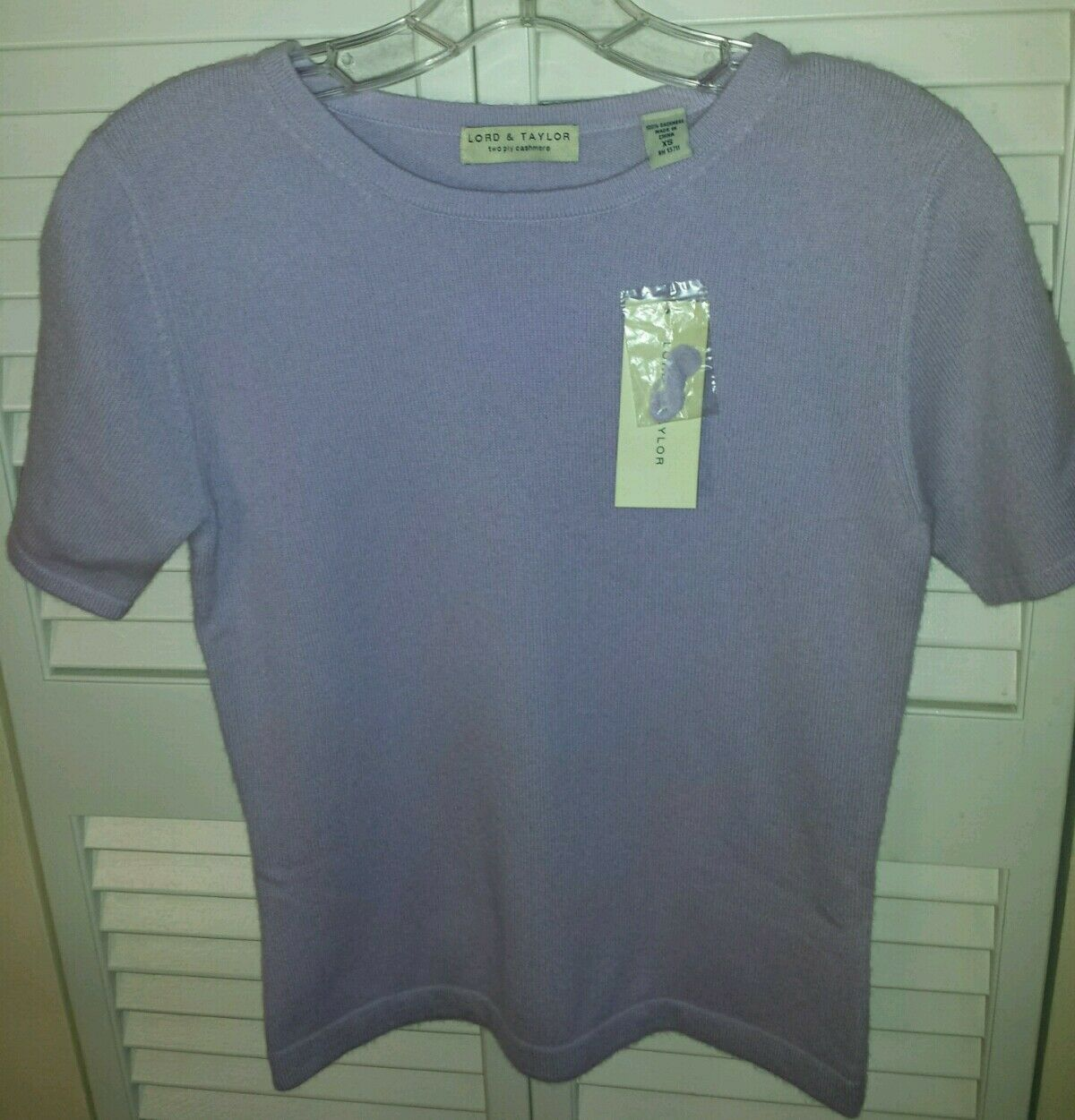 Lord and Taylor 100% 2 ply Cashmere Short Sleeve Sweater in Lavender size XS