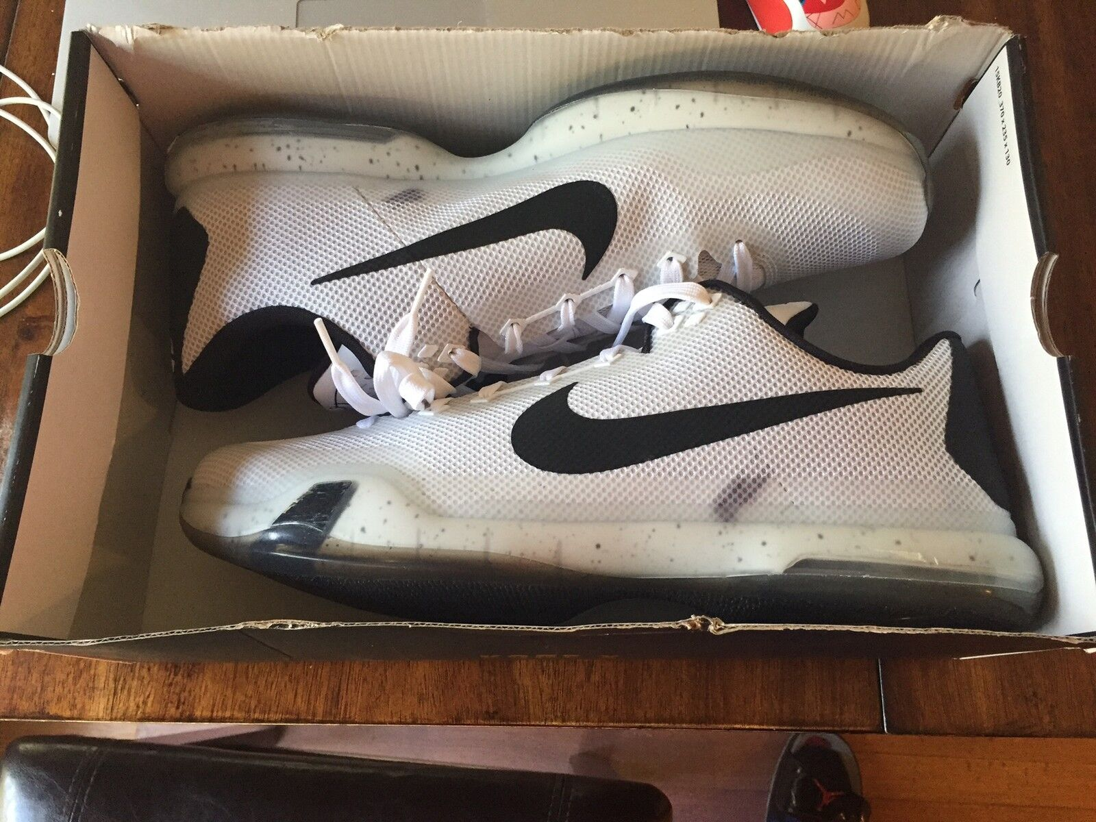 NEW NIKE KOBE 10 X TB MEN'S WHITE BLACK Meteorology SNEAKERS 813030-101 NEW!! Special limited time