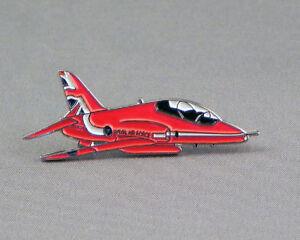 Details about Metal Enamel Pin Badge Brooch RAF Red Arrows Hawk 2015 Red  Arrow Display Team