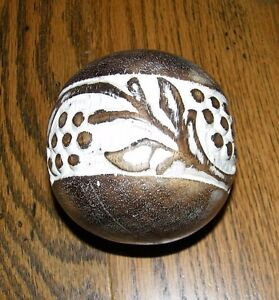 """Decorative Solid 4/"""" Wood Sphere Grape Leaf Band  Round Sphere Orb BAll Decor"""