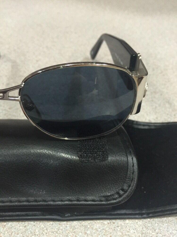 Gianni Versace Vintage Sunglasses MOD. S67 - image 9