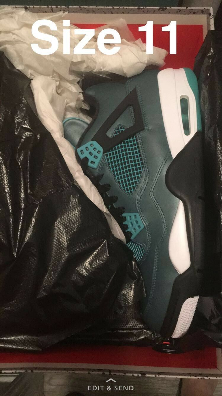 Air Jordan 4 Retro Teal