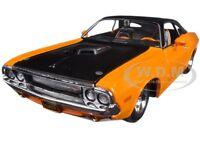 1970 Dodge Challenger R/t Orange classic Muscle 1/24 Diecast By Maisto 32518